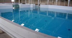 چسب آب بند کننده استخر